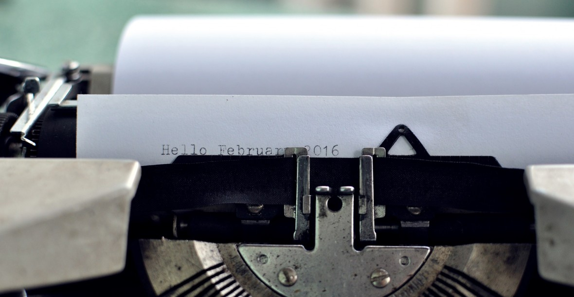 typewriter-image-writing-woman-called-alison